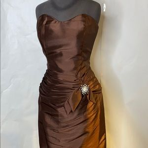 Brown taffeta gown